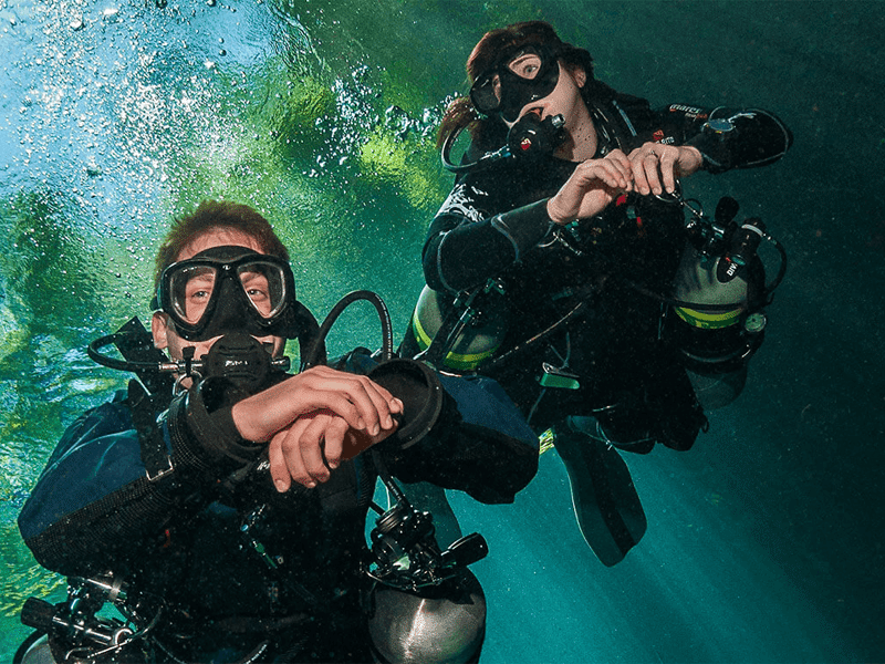 PADI and TDI Sidemount courses in the Philippines