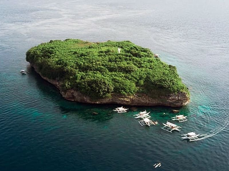 the best diving in the Philippines